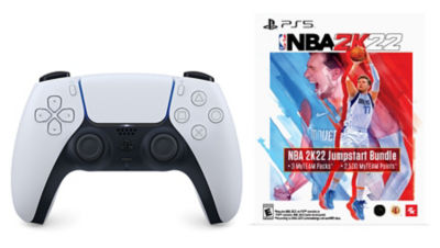 Contents of the DualSense PS5 wireless controller including PS5 controler and voucher