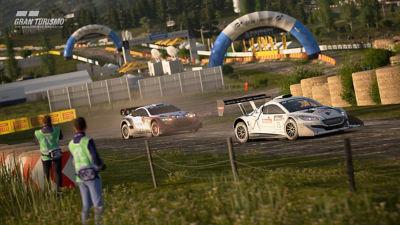 PS4 Gran Turismo Sport screenshot featuring dirt track racing