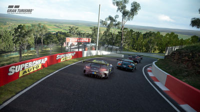 PS4 Gran Turismo Sport screenshot featuring racetrack in the hills with cars