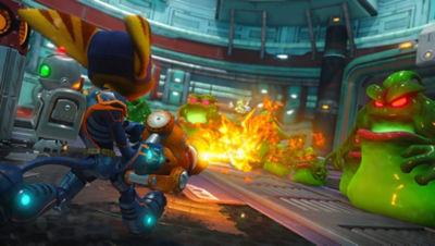 PS4 Ratchet & Clank screenshot featuring Ratchet and Clank using a fire gun to battle Amoeboids (blob type creatures)